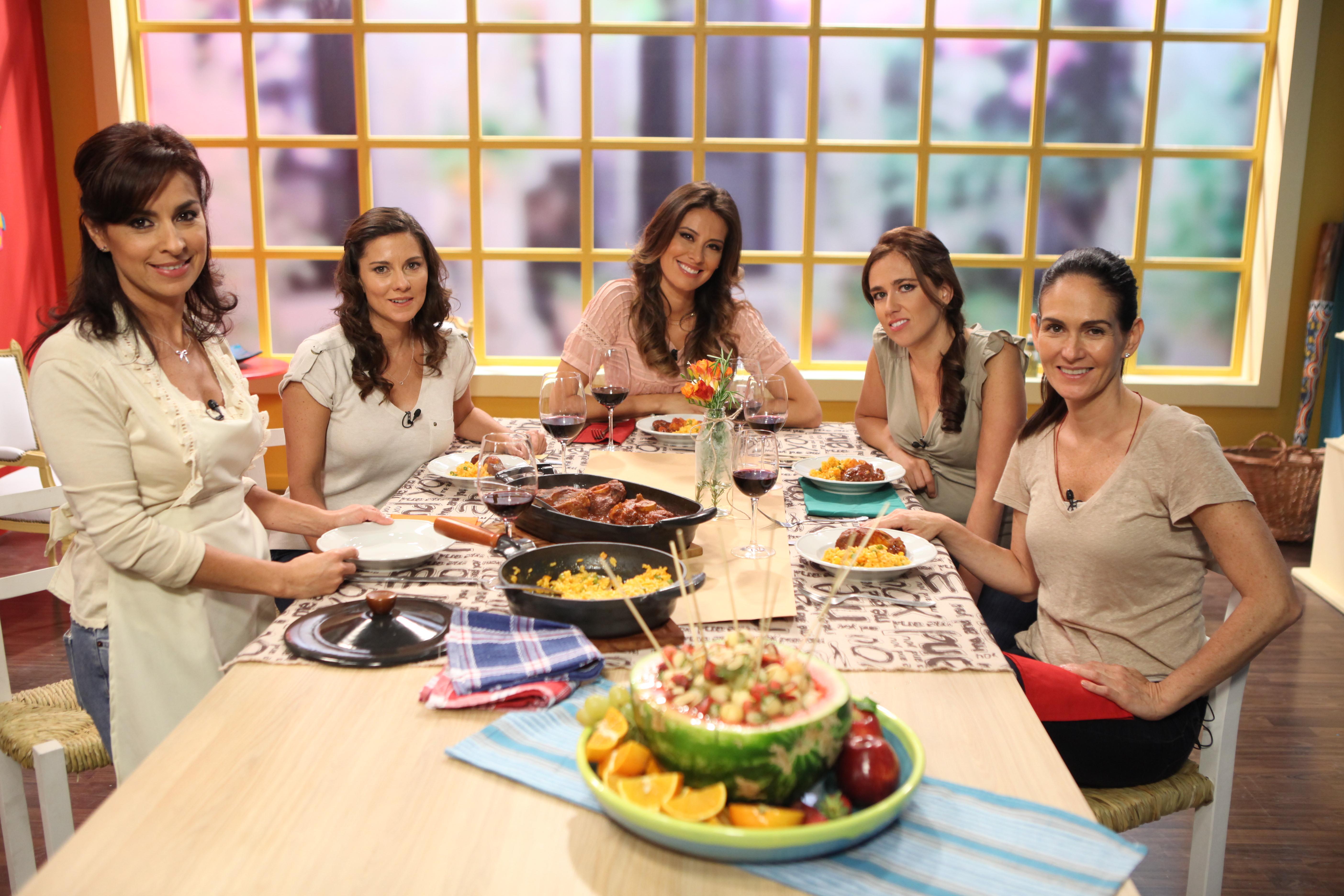 Presentaci n 5ta temporada de sabores de familia for Utilisima cocina