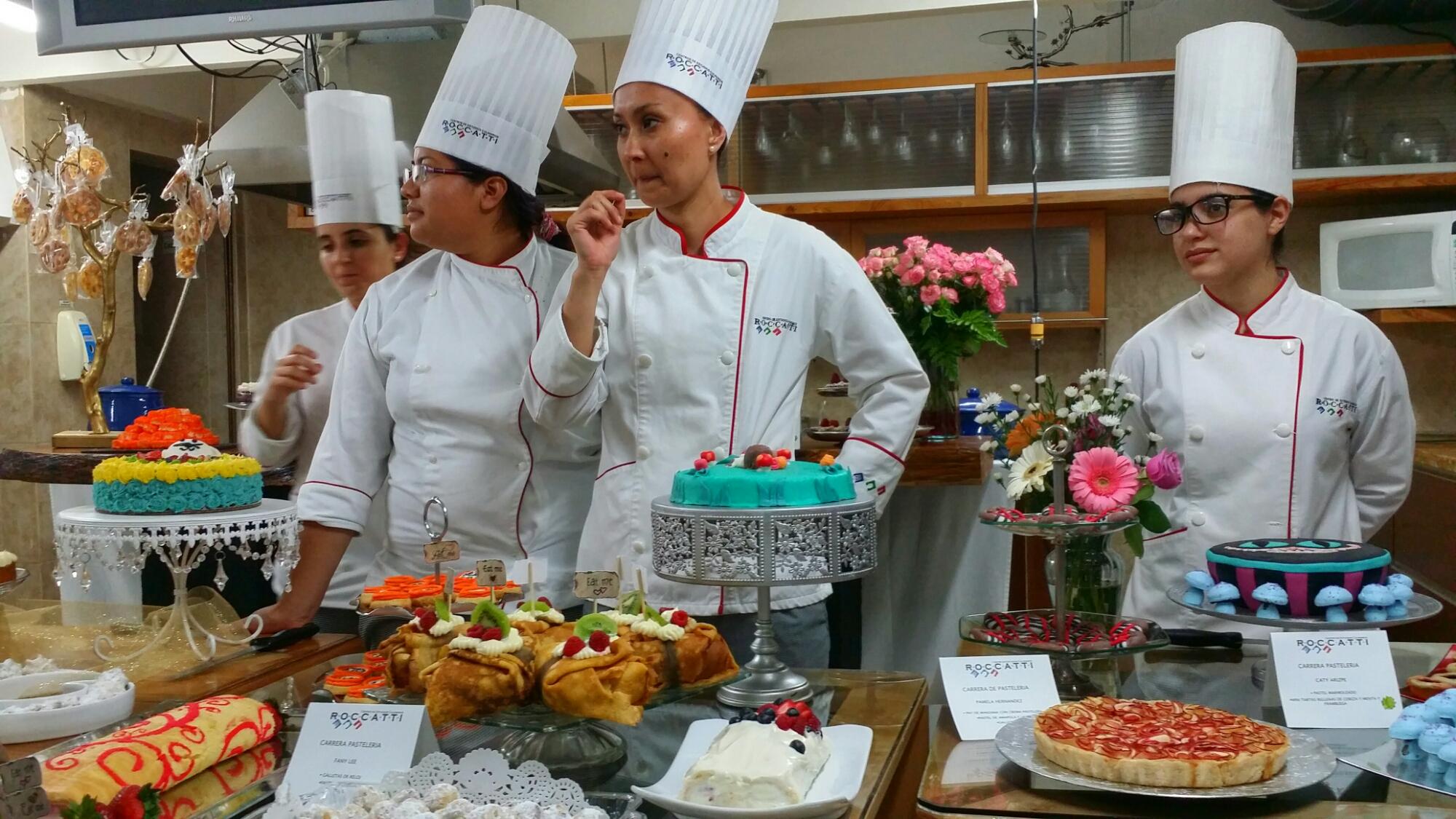 Hoy as celebra roccatti cecroccatti su fin de curso para for Articulos para chef