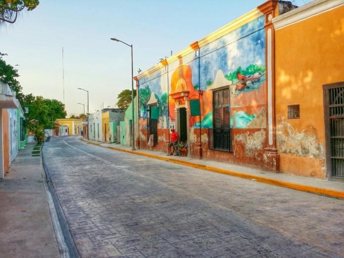 Gusto Buen Viajar Calles de Celestún Yucatán - Gusto Buen Vivir